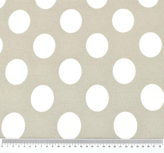 Uzorak tkanine s dezenom bijelih točaka na podlozi boje pijeska